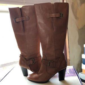 Indigo by Clark's Shayne boots in tan 9M